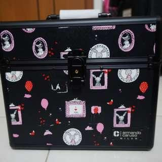 Diskon 11-11! Armando Carusso Beauty Case