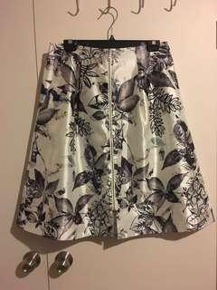 Portmans front zip size 12 skirt