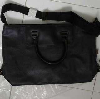 BNIP sling bag