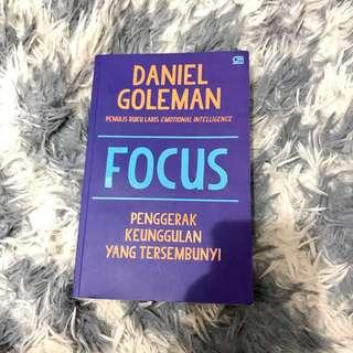 FOCUS (soft cover) by Daniel Goleman