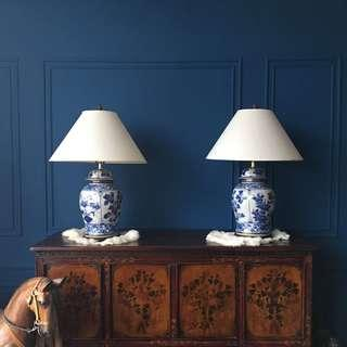 The blue flower lamps