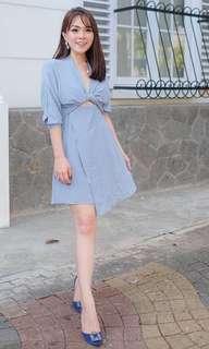 Bluee dress