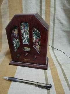 radio design lama saiz mini