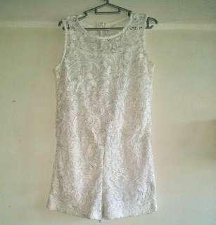 PURPUR WHITE LACE ROMPER