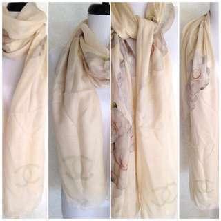 CHANEL Camellia Silk Cashmere Shawl 2014 Long Rectangular Scarf Beige Cream Grey Rose Paris REPRICED