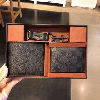 Coach 禮盒銀包