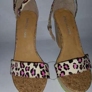 Special Lane Pump Sandals