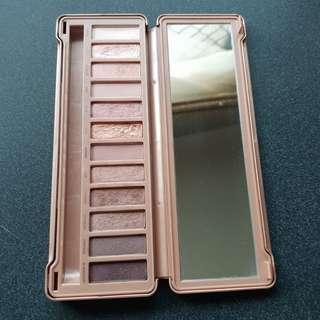 Urband decay Naked 3 eyeshadow palette