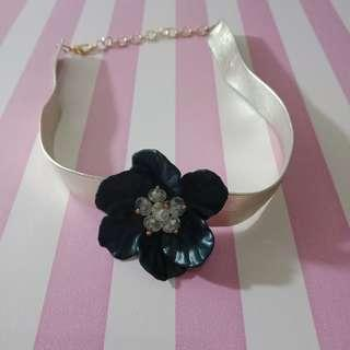 Gold Collar with Black Flower On Middle