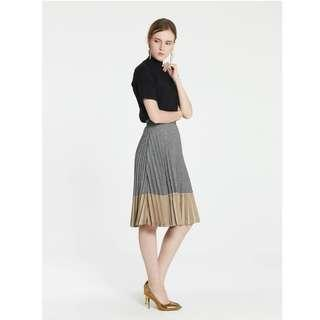 Pomelo Fashion Ira Herringbone Pleated Midi Skirt Gold
