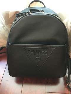 🚚 Guess壓紋logo後背包