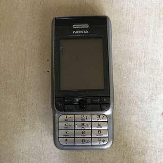 Nokia 3230,  not Iphone or Samsung . not working HP for collector