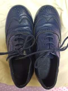 Nicolas bears 鞋