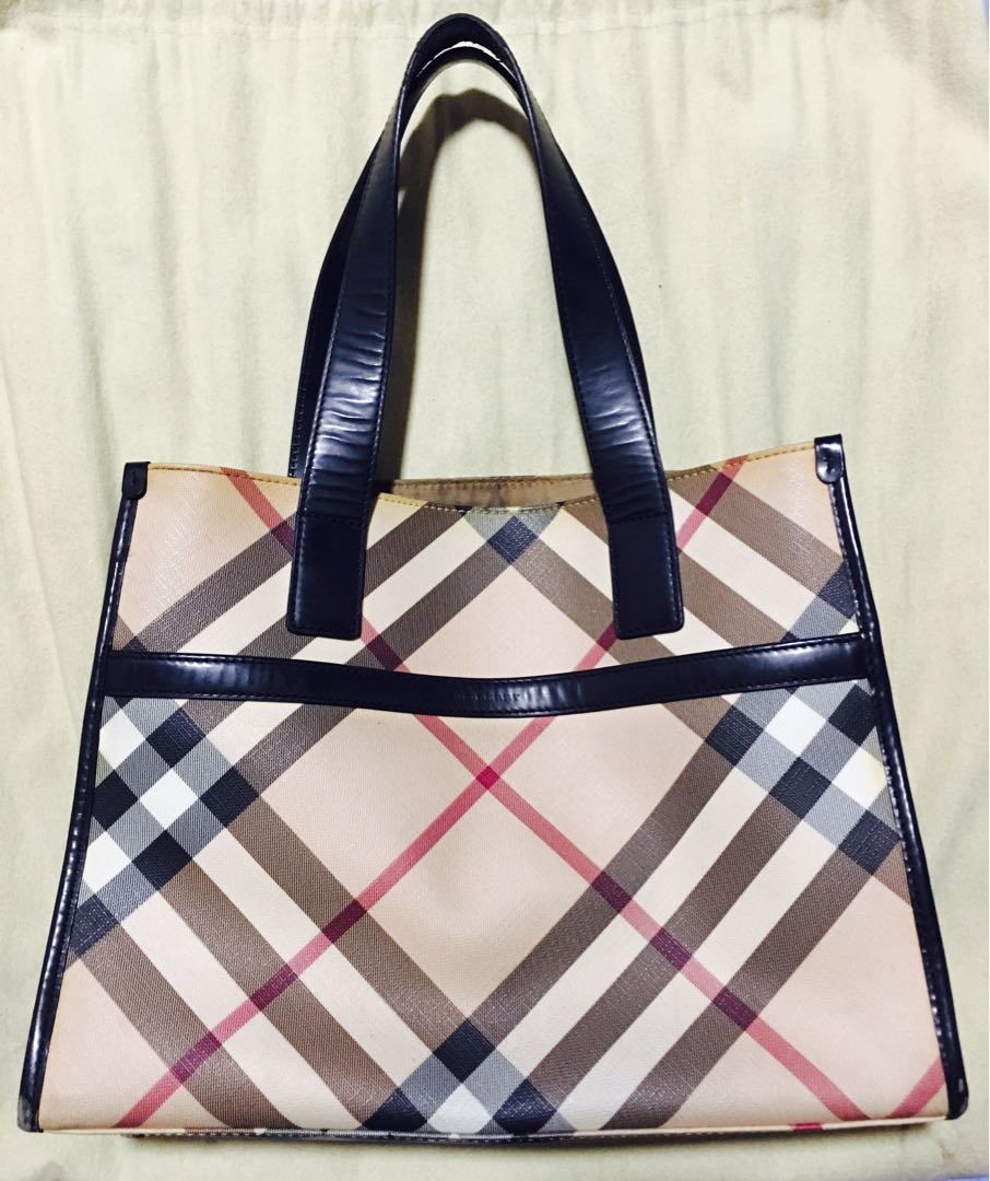 68c32ec8cb1 Burberry Tote Bag classic handbag shoulder strap, Luxury, Bags   Wallets,  Handbags on Carousell