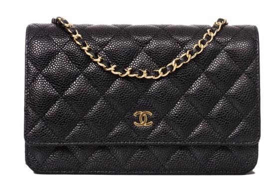 8d53bef6177 Chanel WOC (wallet on chain) Caviar in gold hardware, Luxury, Bags ...