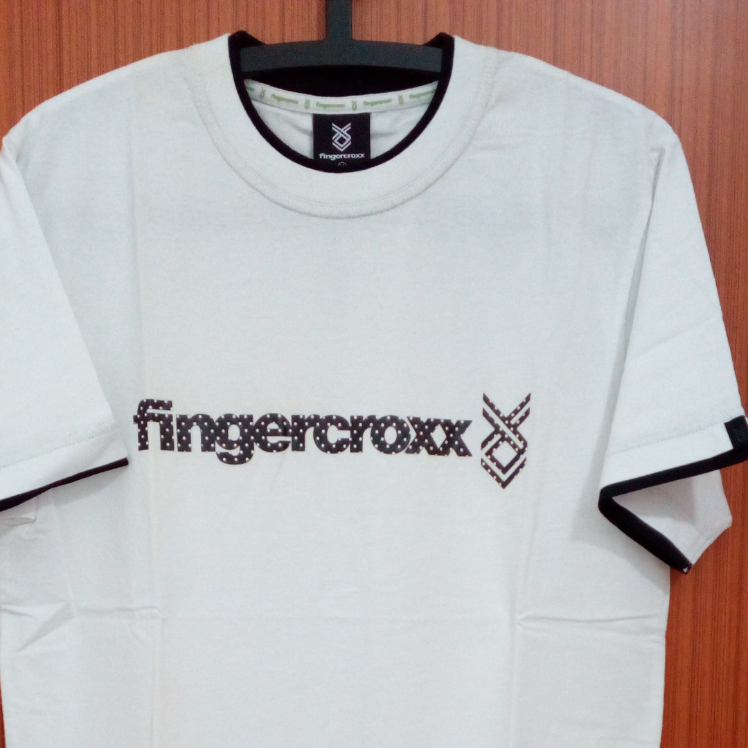 fingercroxx__polka_dot_logo_tshirt_1541410500_bd85355e0