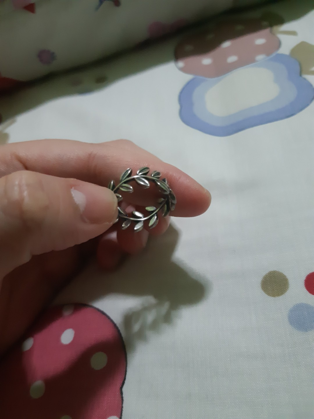 093c4a8ad Pandora laurel wreath ring, Women's Fashion, Accessories, Others on ...