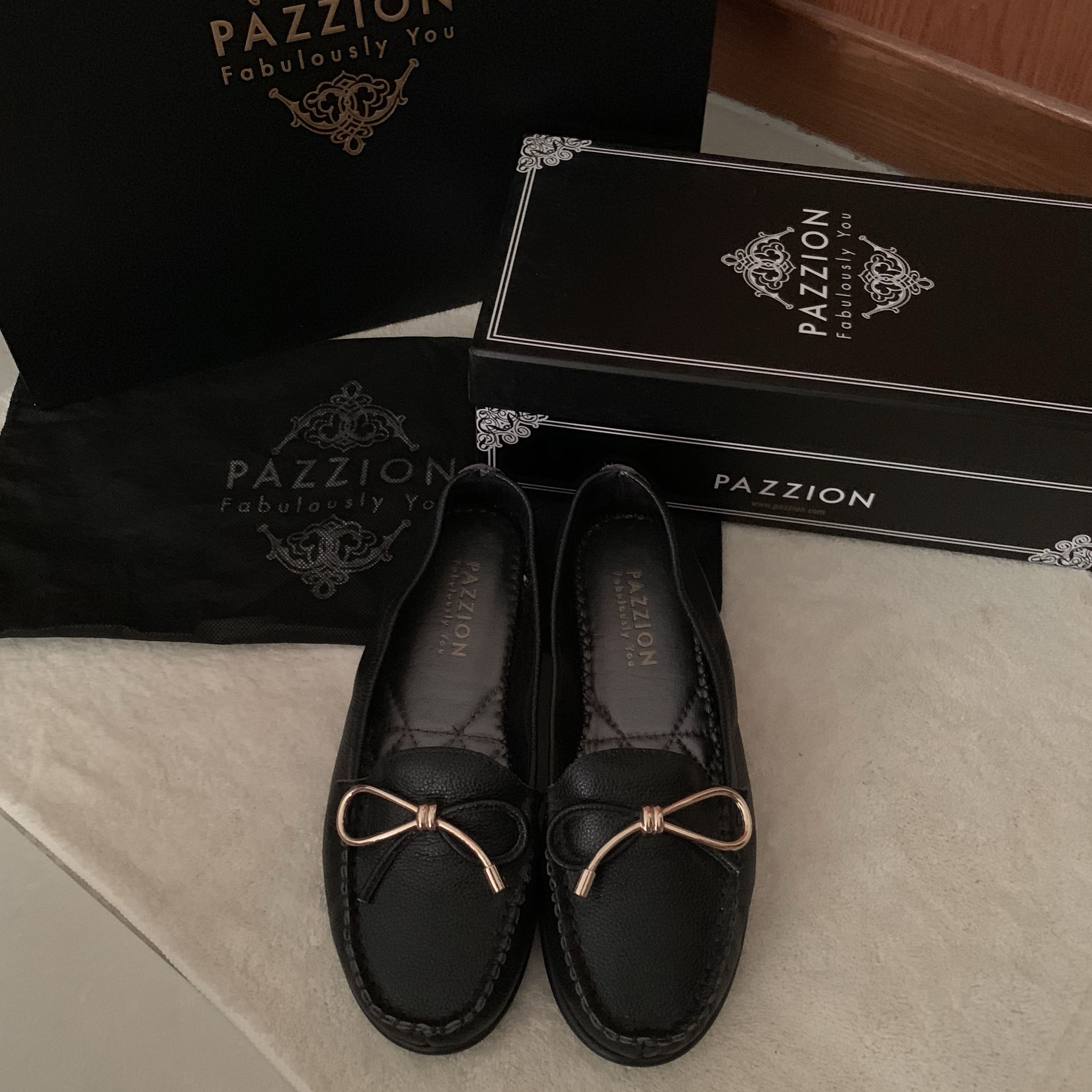 57790802a083 PAZZION SHOES as good as brand new