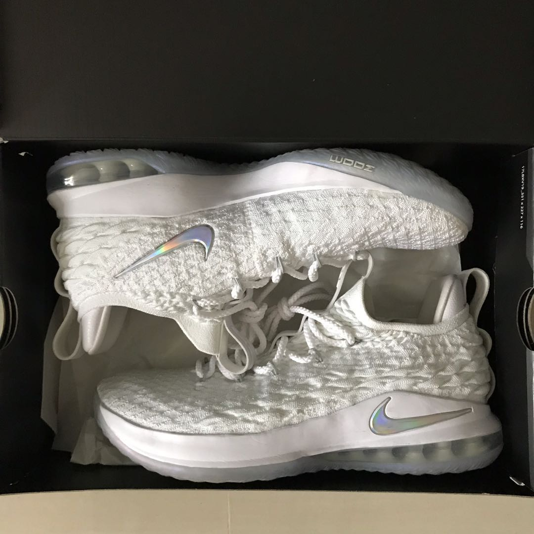 new concept 5fbb5 225aa US10 Lebron 15 low white
