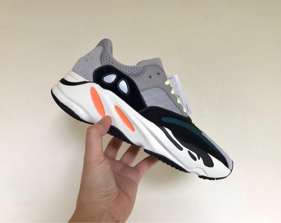 various colors 0480d fcbd8 Yeezy Wave Runner 700, Men's Fashion, Footwear, Sneakers on ...