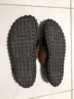 Nike leather slippers