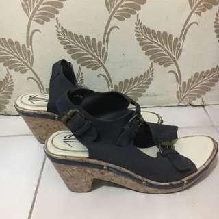 UP - Shoes