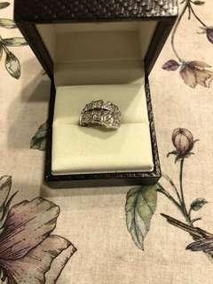 真鑽,蛇頭戒指,鑽石等級較高