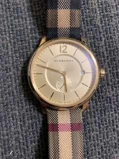 🚚 Burberry 金錶(可換錶)寶島鍾表購入28000,有購證,終身保固卡