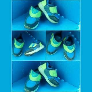 Sepatu Dans uk 23