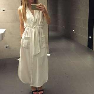 White dress for you !