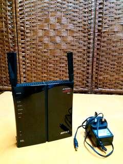 日本Buffalo WZR-HP-G300NH2 路由器~$150