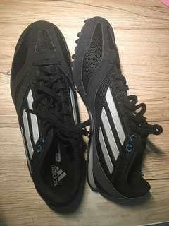 Adidas spikes shoes