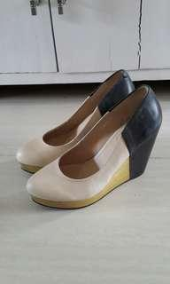 D'Fuse wedges twotone black cream size 38
