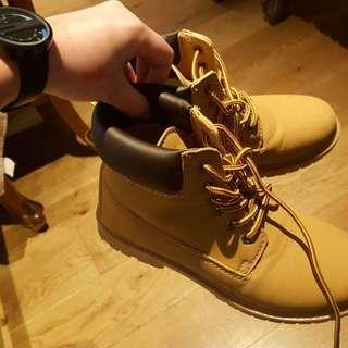 timberland alike boots