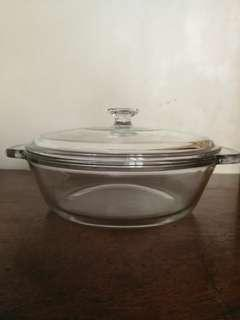 ANCHOR HOCKING Casserole Baker with lid