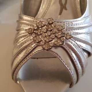Size 8 worn once Glam shoes