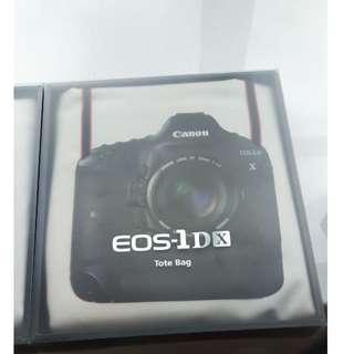 Canon EOS-1D Mark IV 及 1D X Tote Bag 購物袋兩個 (九成新)