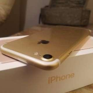 WTS Pre Loved iPhone 7 32GB Gold(9.5/10 Condition)
