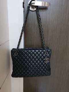 Chanel double chain bag