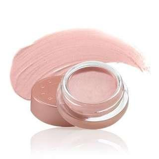 NOVEMBER SALE! BECCA Under Eye Brightening Corrector - Light to Medium