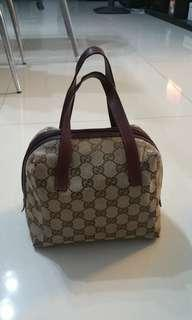 GUCCI TOFU BAG