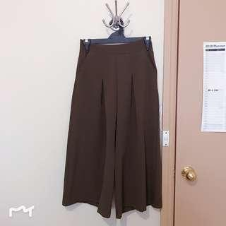Korean khaki culottes