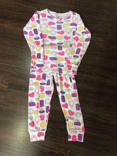 Pre-loved Carter's pajamas size 5t