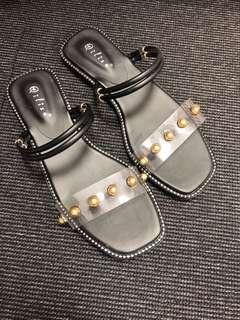 Sandals 平底涼鞋