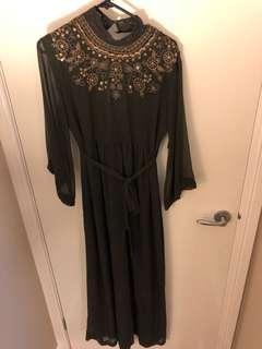 Forever 21 long dress size small