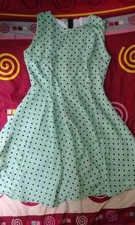 Dress pokadot hijau