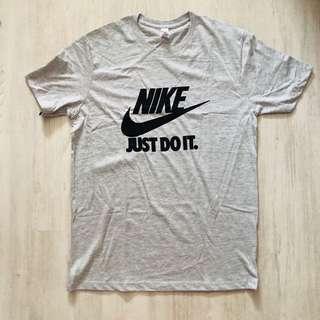 (READY STOCKS) nike tshirt size M