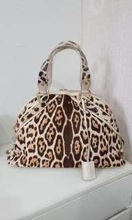 VGC YSL Muse Satchel in Snow Leopard complete with Bag,cards,lock & keys,replacement db