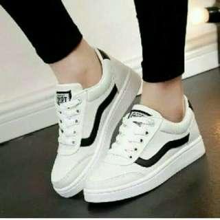 sepatu wanita sneakers kets sport wedges flatshoes slipon shoes heels hak tahu sandal white shoes putih hitam fila adidas nike vans off white // blouse