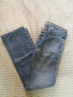 Levis low waist pants